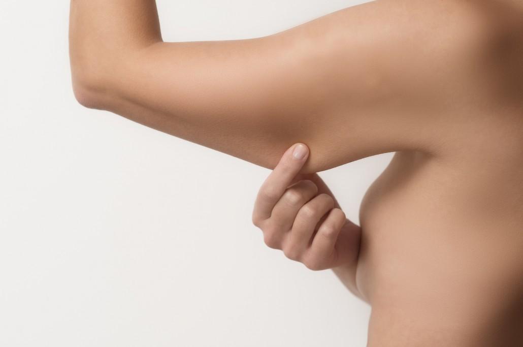 Le traitement ultherapy : retendre la peau des bras sans chirurgie