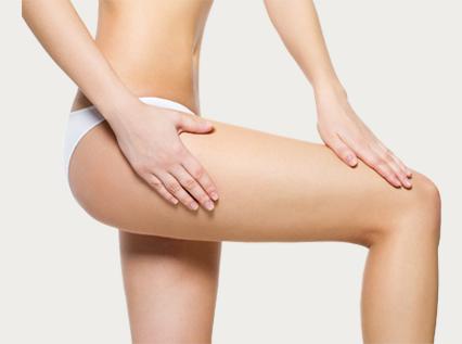 Retendre la peau des cuisses | sans chirurgie avec l'Ulthérapy